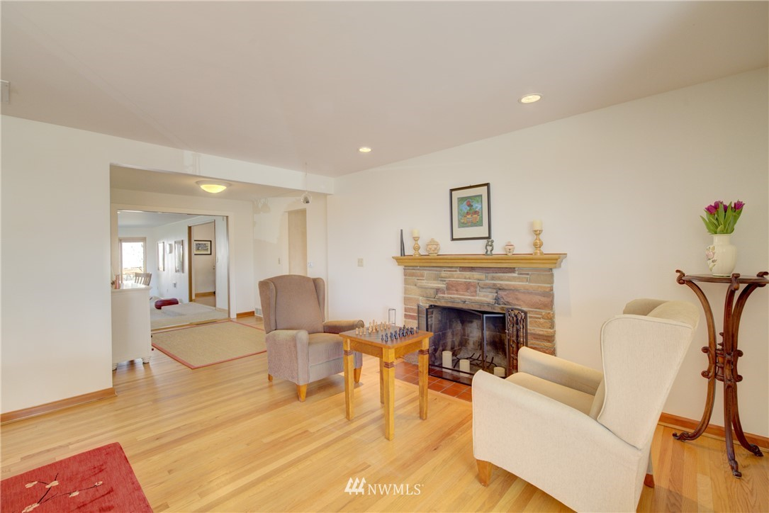 Sold Property   612 NW 125th Street Seattle, WA 98177 5