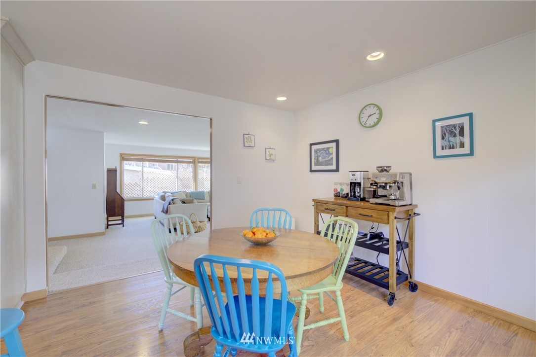 Sold Property   612 NW 125th Street Seattle, WA 98177 10