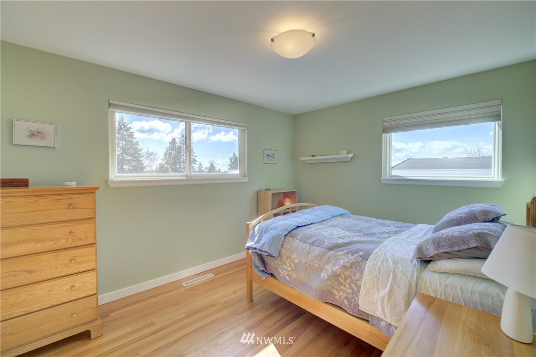 Sold Property   612 NW 125th Street Seattle, WA 98177 14
