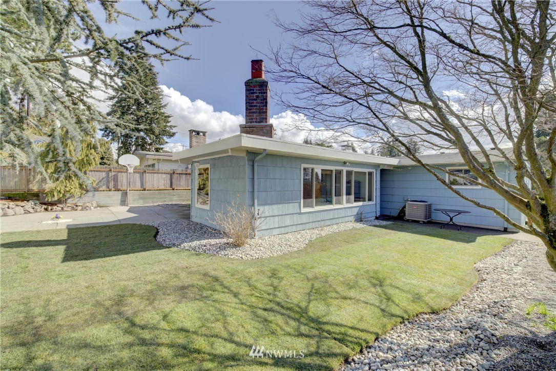 Sold Property   612 NW 125th Street Seattle, WA 98177 19
