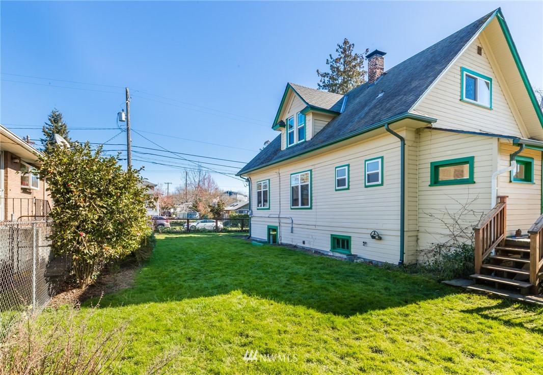 Sold Property   8627 Wabash Avenue S Seattle, WA 98118 17