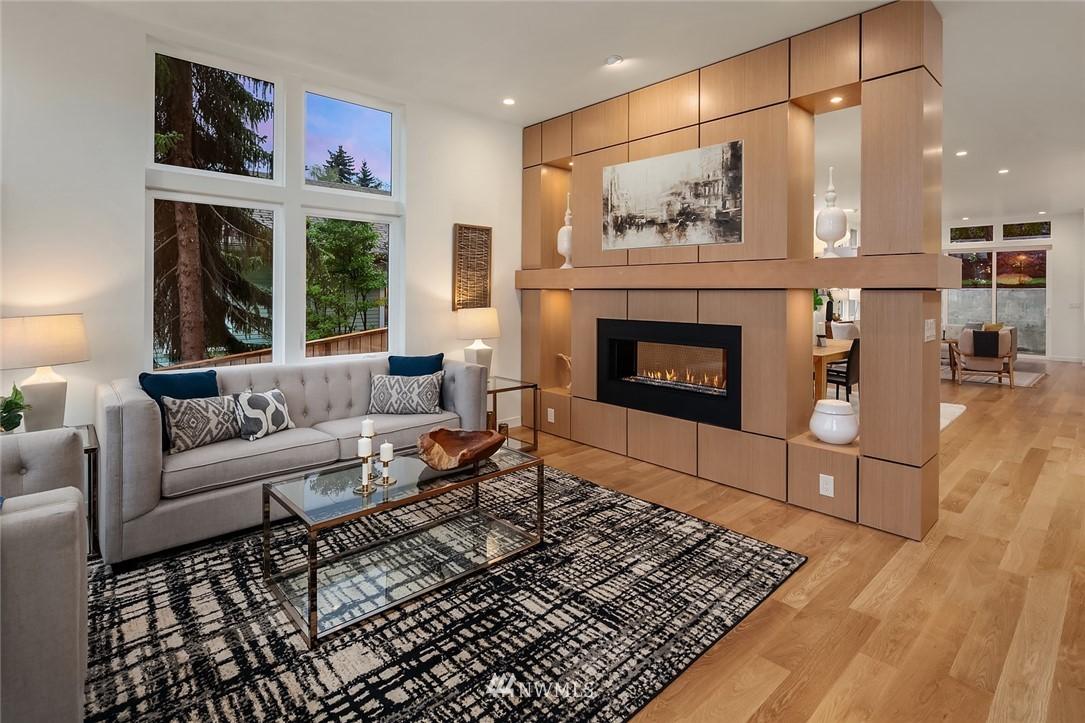 Sold Property | 410 N Bowdoin Place Seattle, WA 98103 2