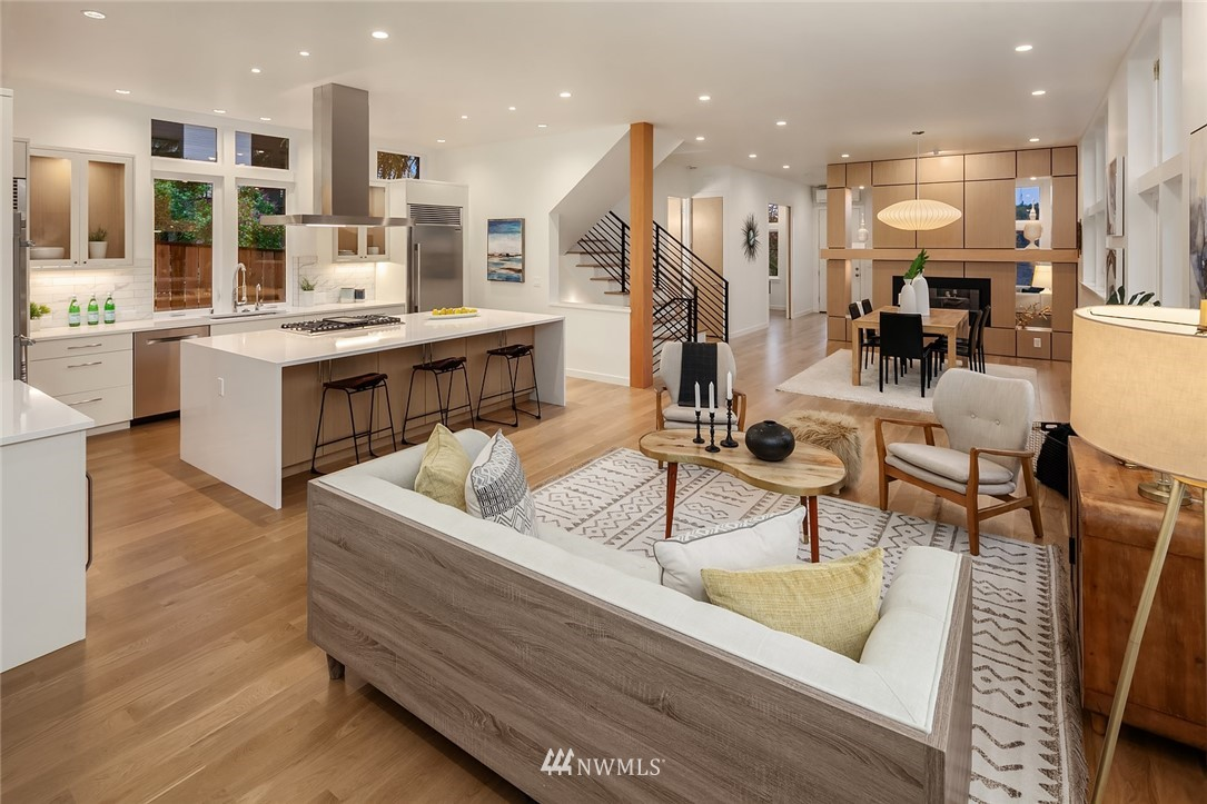 Sold Property | 410 N Bowdoin Place Seattle, WA 98103 8