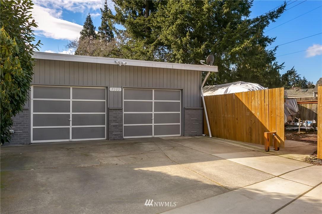 Sold Property   7202 228th Street SW Mountlake Terrace, WA 98043 23