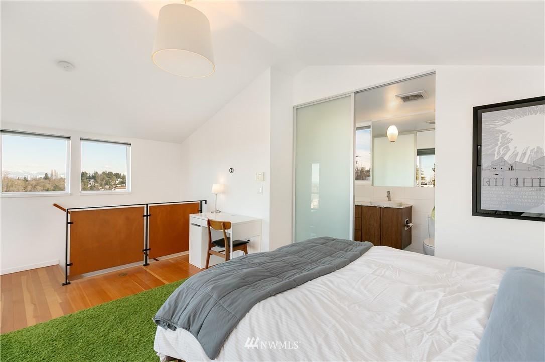 Sold Property | 2427 E Denny Way Seattle, WA 98122 14