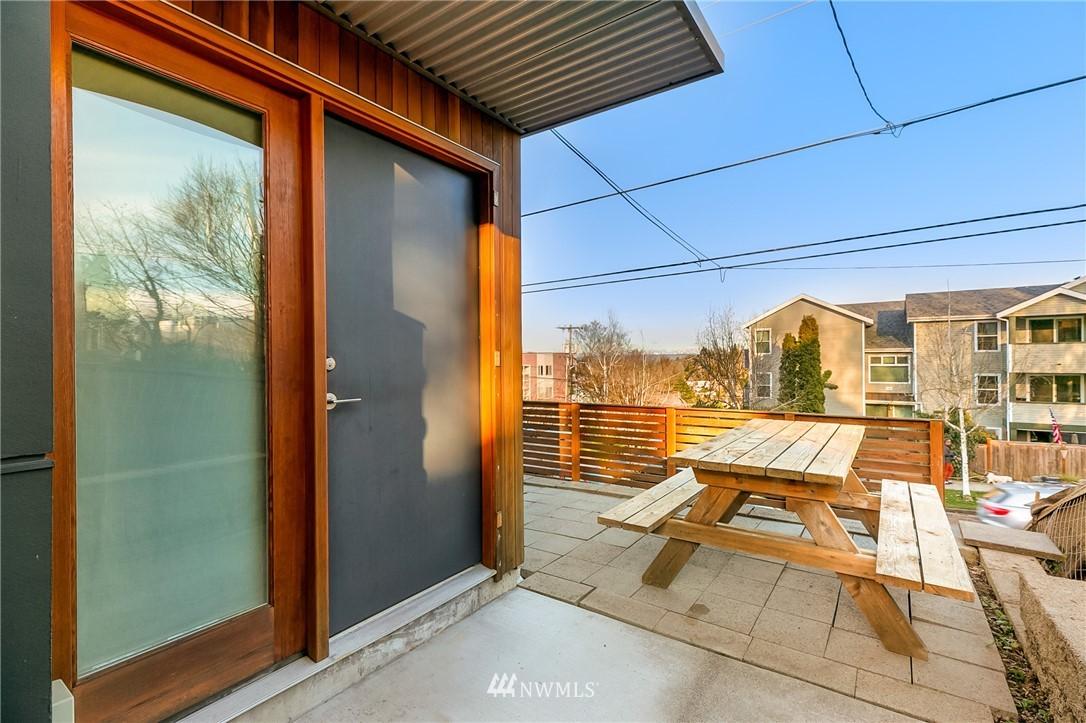 Sold Property | 2427 E Denny Way Seattle, WA 98122 20
