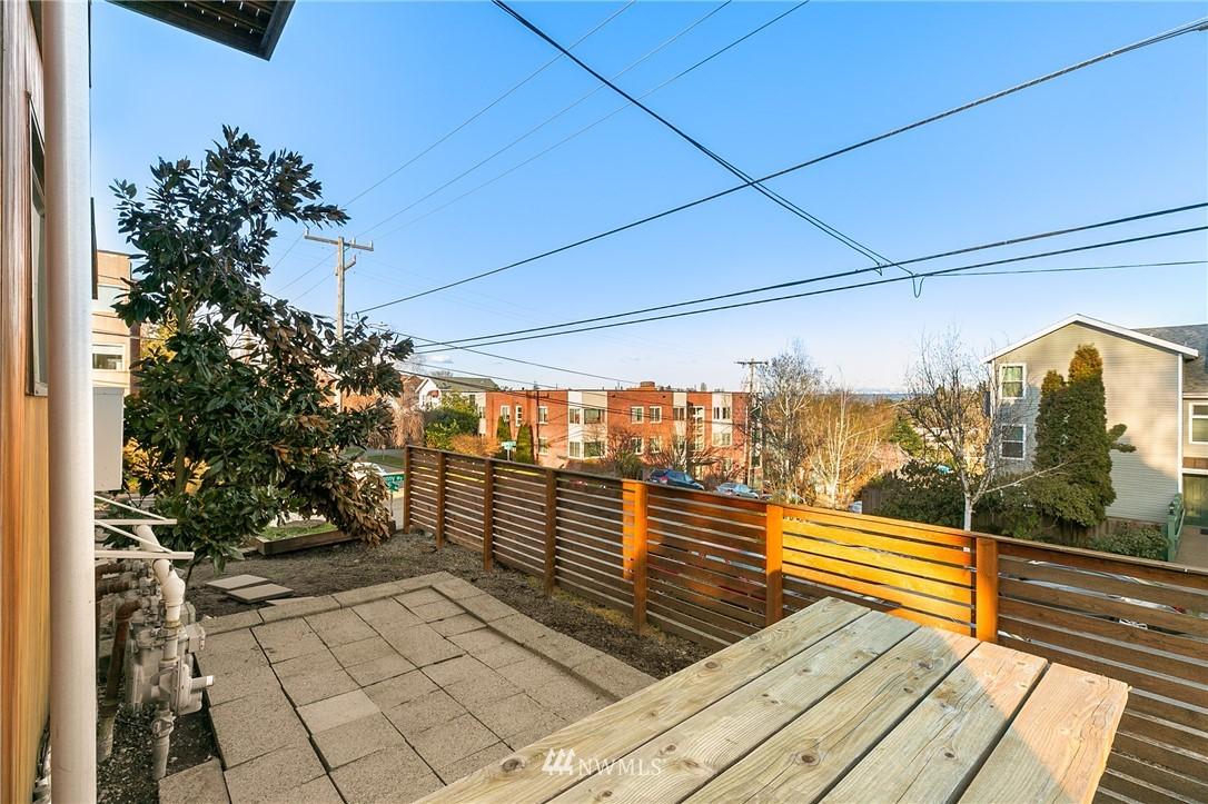 Sold Property | 2427 E Denny Way Seattle, WA 98122 21