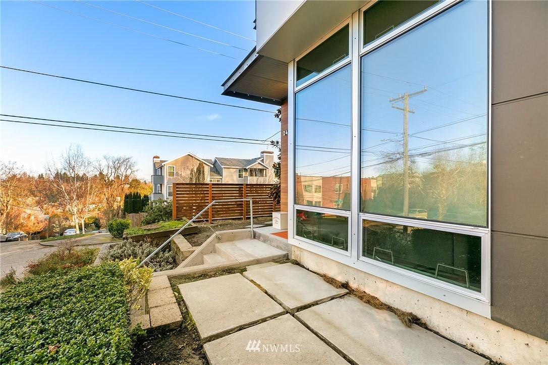 Sold Property | 2427 E Denny Way Seattle, WA 98122 22
