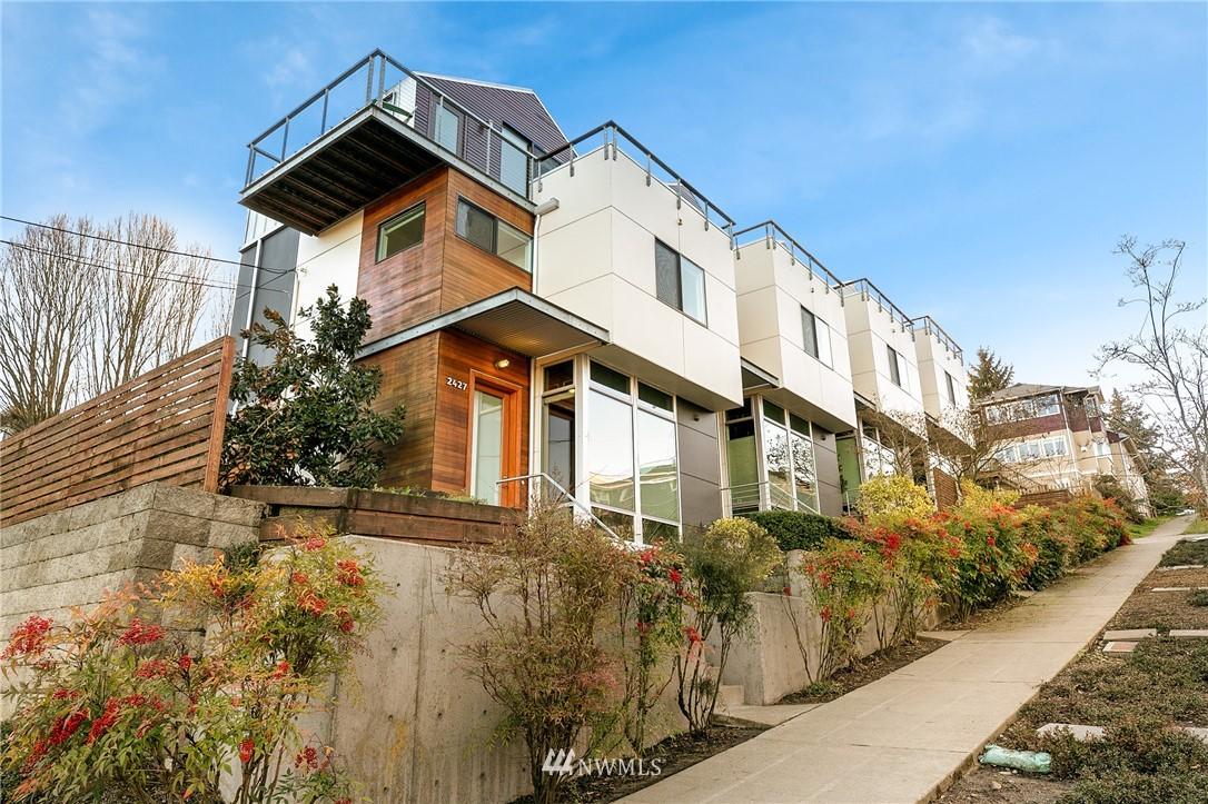 Sold Property | 2427 E Denny Way Seattle, WA 98122 23