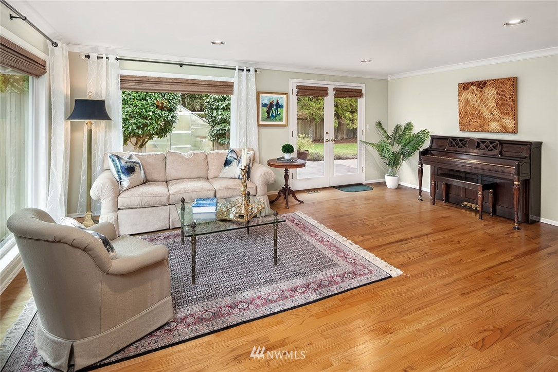 Sold Property | 8711 NE 11th Street Medina, WA 98039 5