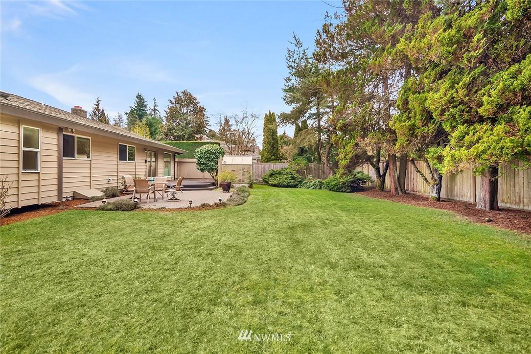 Sold Property | 8711 NE 11th Street Medina, WA 98039 14