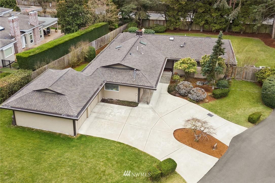 Sold Property | 8711 NE 11th Street Medina, WA 98039 16