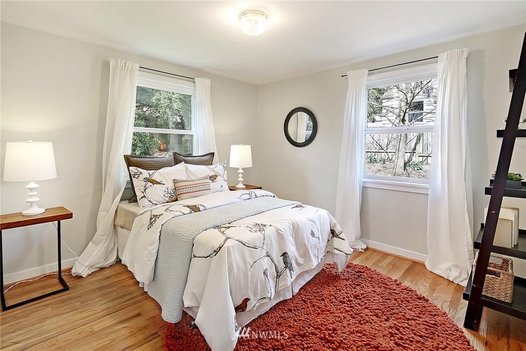 Sold Property   12505 22nd Avenue NE Seattle, WA 98125 6