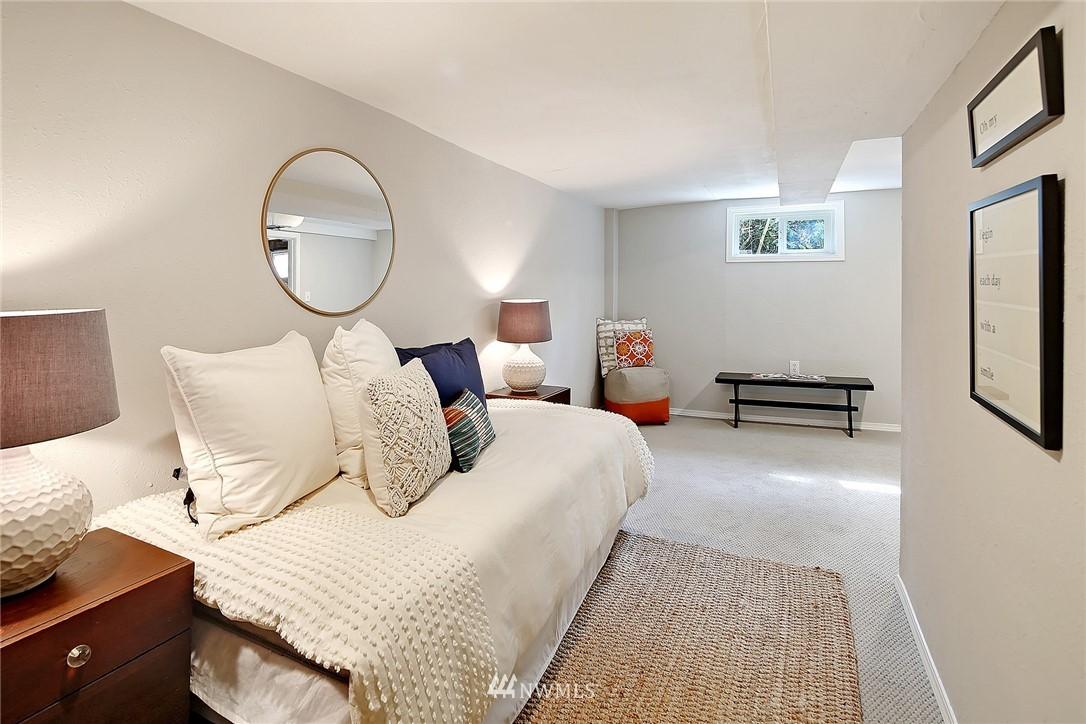 Sold Property   12505 22nd Avenue NE Seattle, WA 98125 9