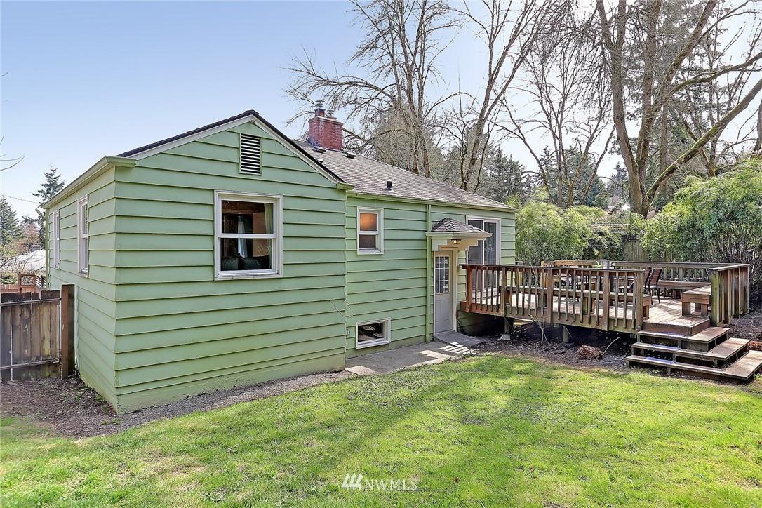 Sold Property   12505 22nd Avenue NE Seattle, WA 98125 14