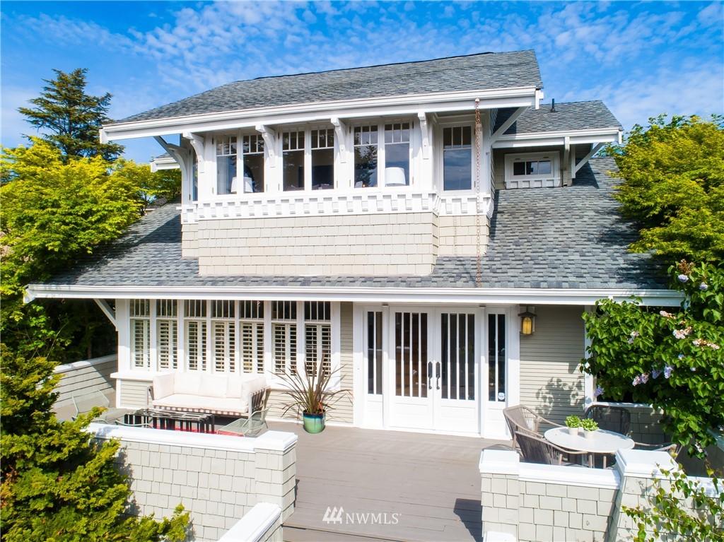 Sold Property | 4412 45th Avenue SW Seattle, WA 98116 0