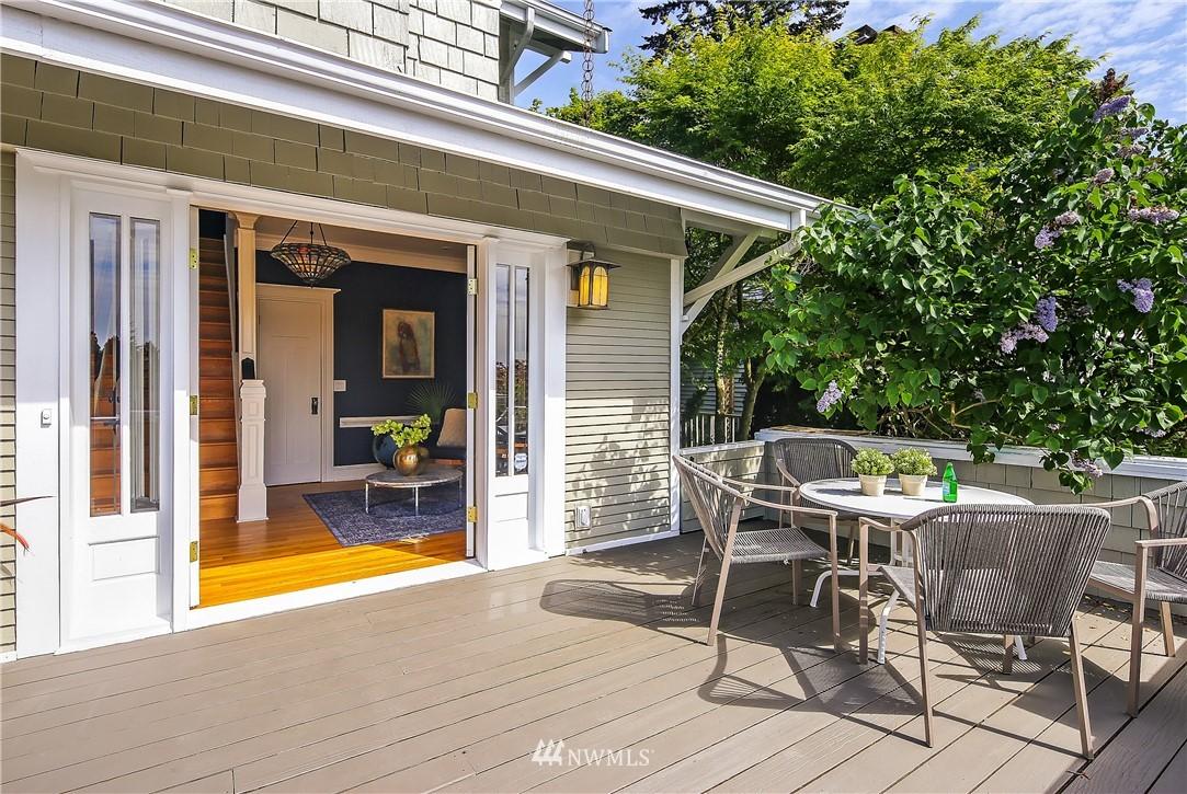 Sold Property | 4412 45th Avenue SW Seattle, WA 98116 3