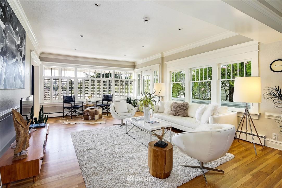 Sold Property | 4412 45th Avenue SW Seattle, WA 98116 4