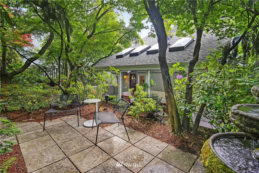 Sold Property | 4412 45th Avenue SW Seattle, WA 98116 18