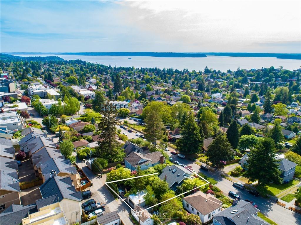 Sold Property | 4412 45th Avenue SW Seattle, WA 98116 23