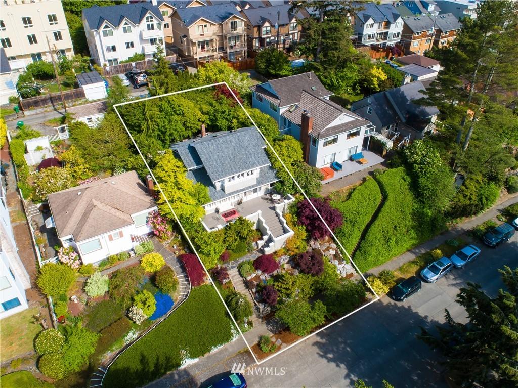 Sold Property | 4412 45th Avenue SW Seattle, WA 98116 24