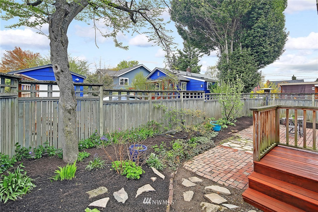 Sold Property | 856 NW 75th Street Seattle, WA 98117 13