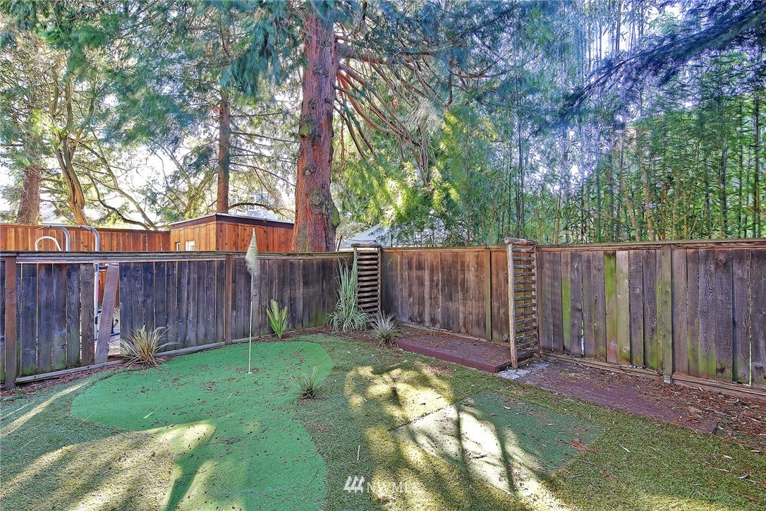 Sold Property | 8013 11th Avenue NW Seattle, WA 98117 13