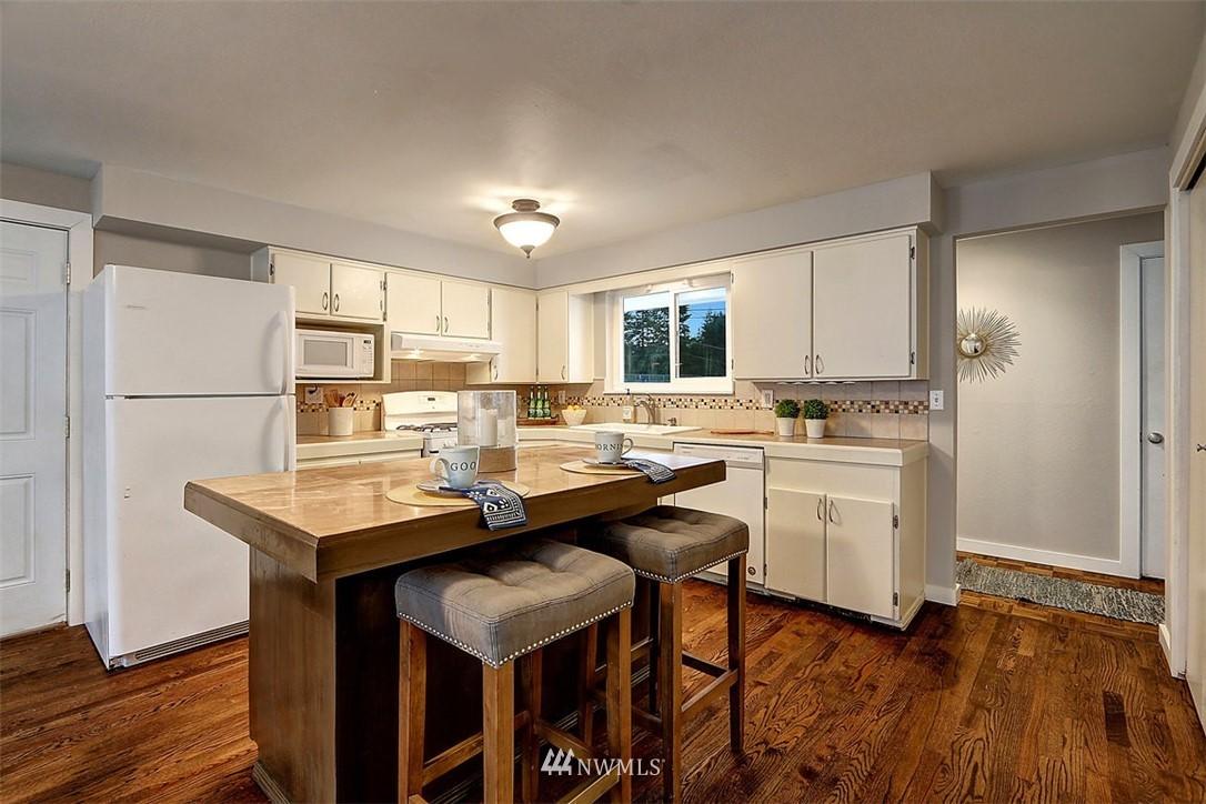 Sold Property | 3751 Curtis Place W University Place, WA 98466 4