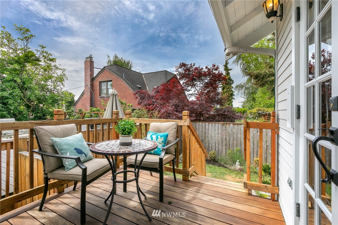 Sold Property | 7707 3rd Avenue NW Seattle, WA 98117 16