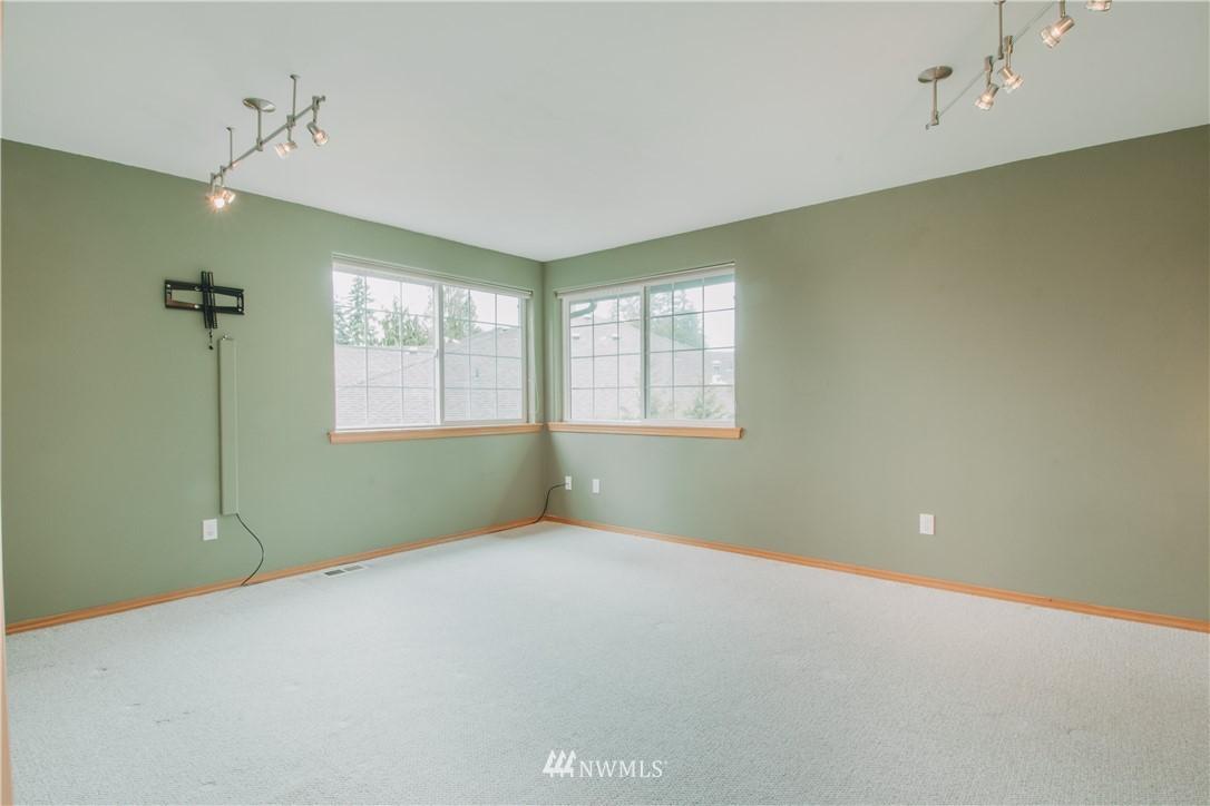 Sold Property | 6811 164th Place SW Edmonds, WA 98026 10