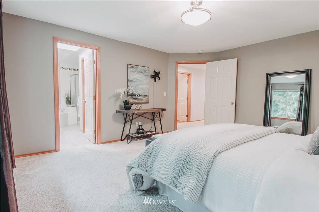 Sold Property | 6811 164th Place SW Edmonds, WA 98026 17