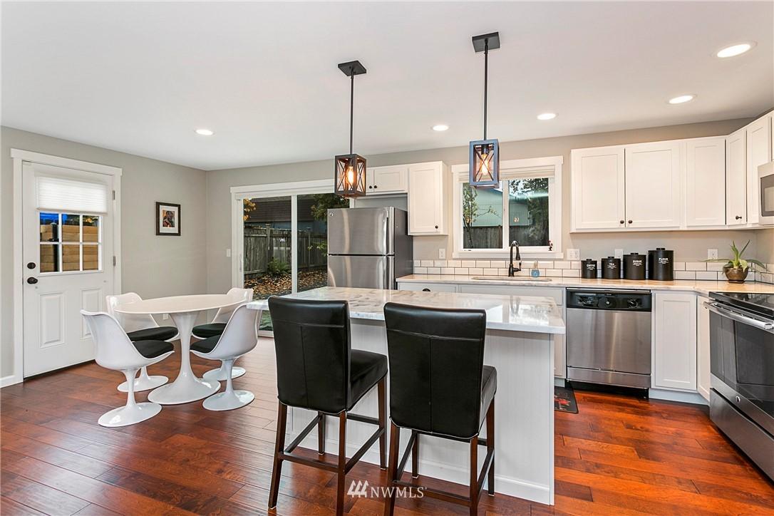 Sold Property | 15920 52nd Avenue W Edmonds, WA 98026 4