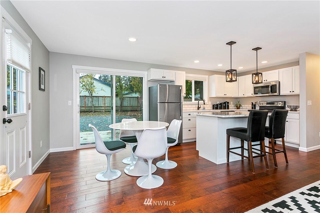 Sold Property | 15920 52nd Avenue W Edmonds, WA 98026 5