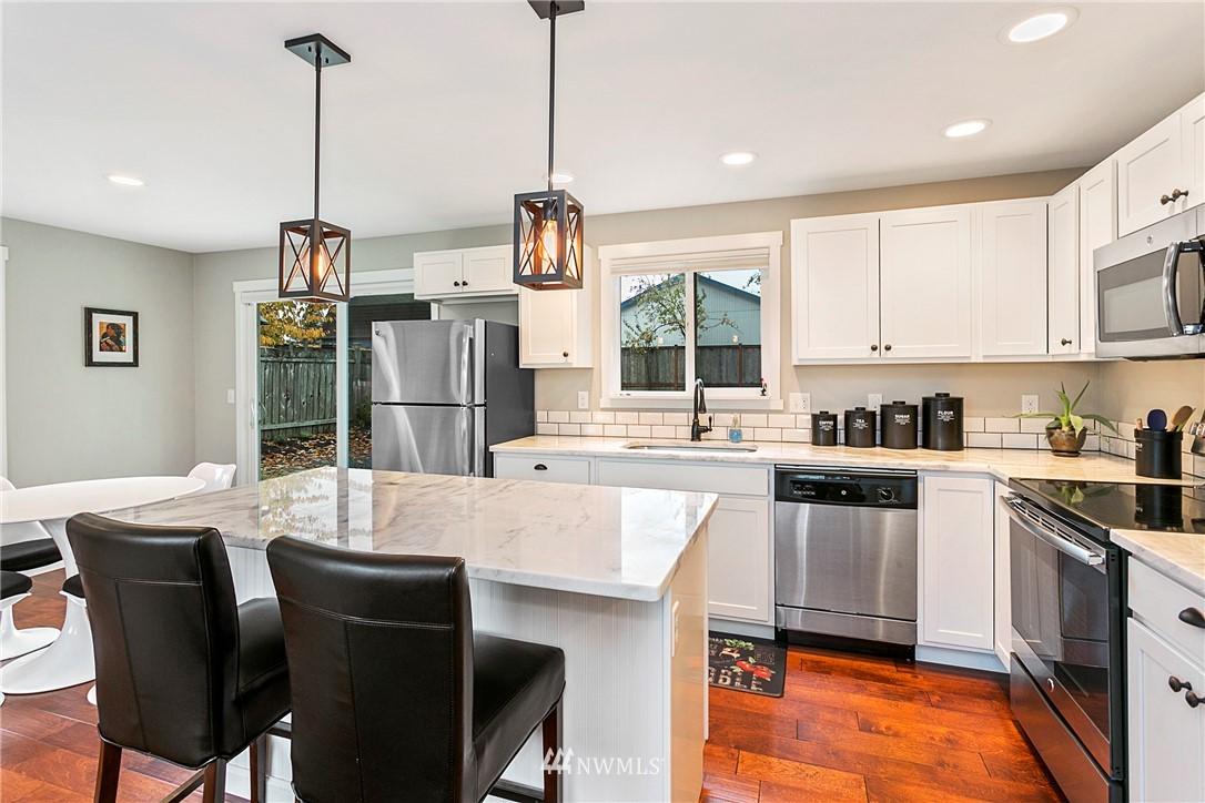 Sold Property | 15920 52nd Avenue W Edmonds, WA 98026 7
