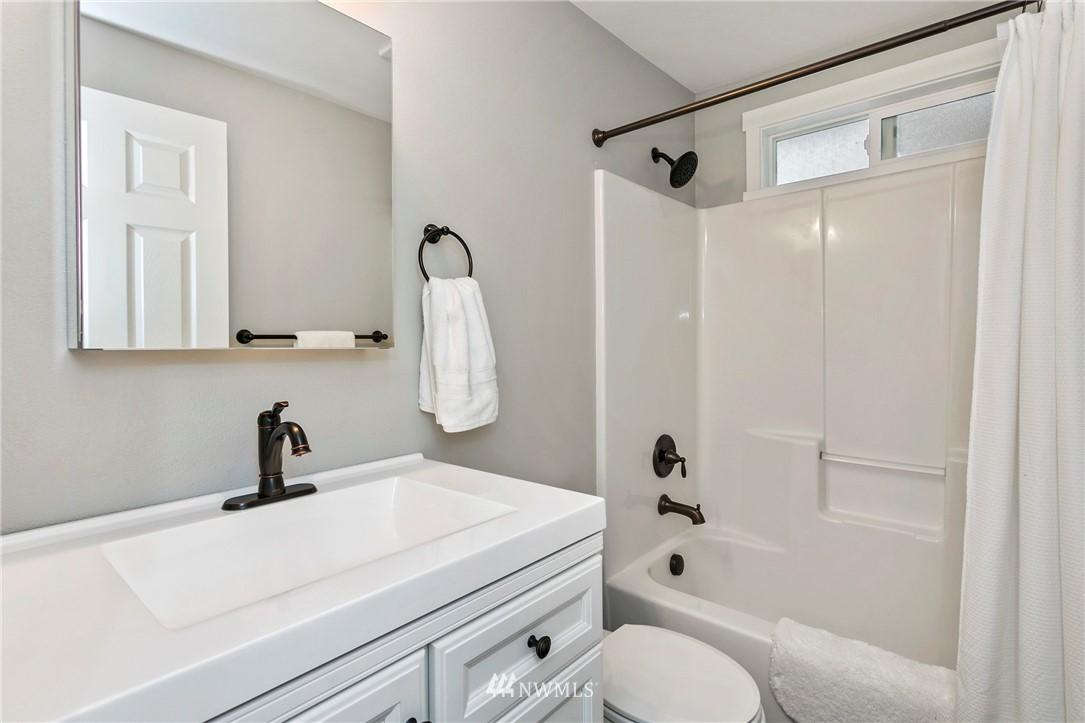 Sold Property | 15920 52nd Avenue W Edmonds, WA 98026 13