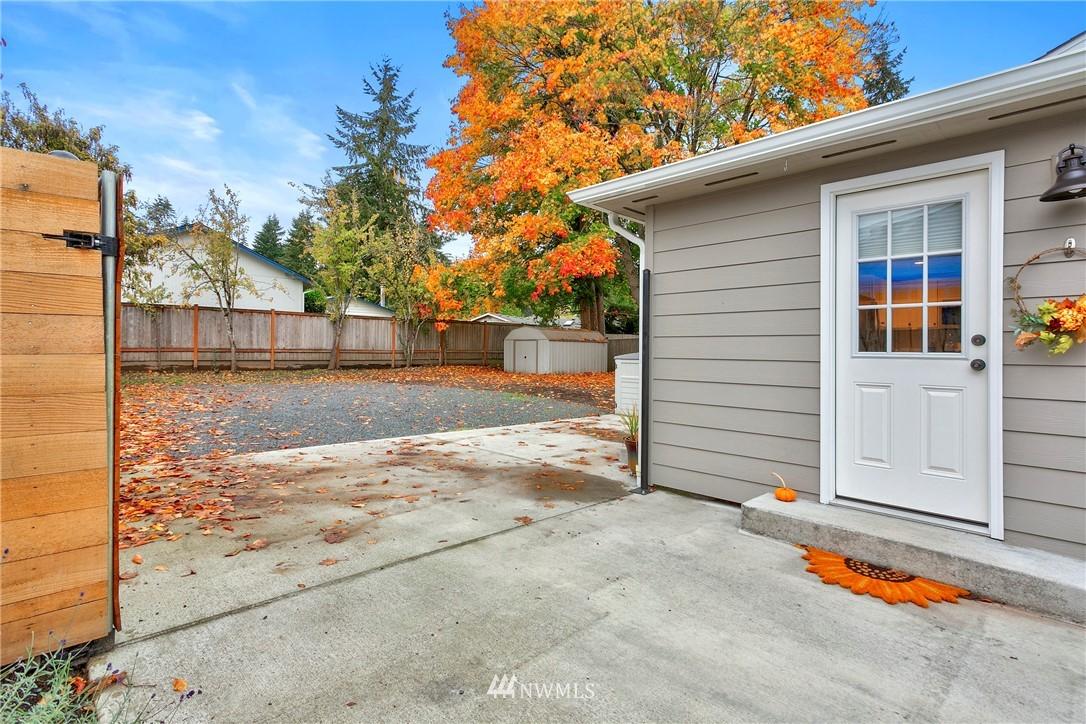 Sold Property | 15920 52nd Avenue W Edmonds, WA 98026 14