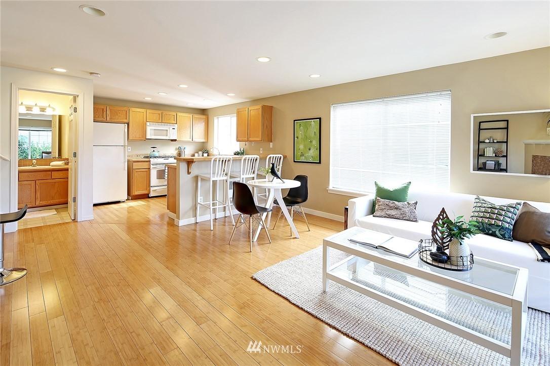 Sold Property   8518 Midvale Avenue N #B Seattle, WA 98103 4