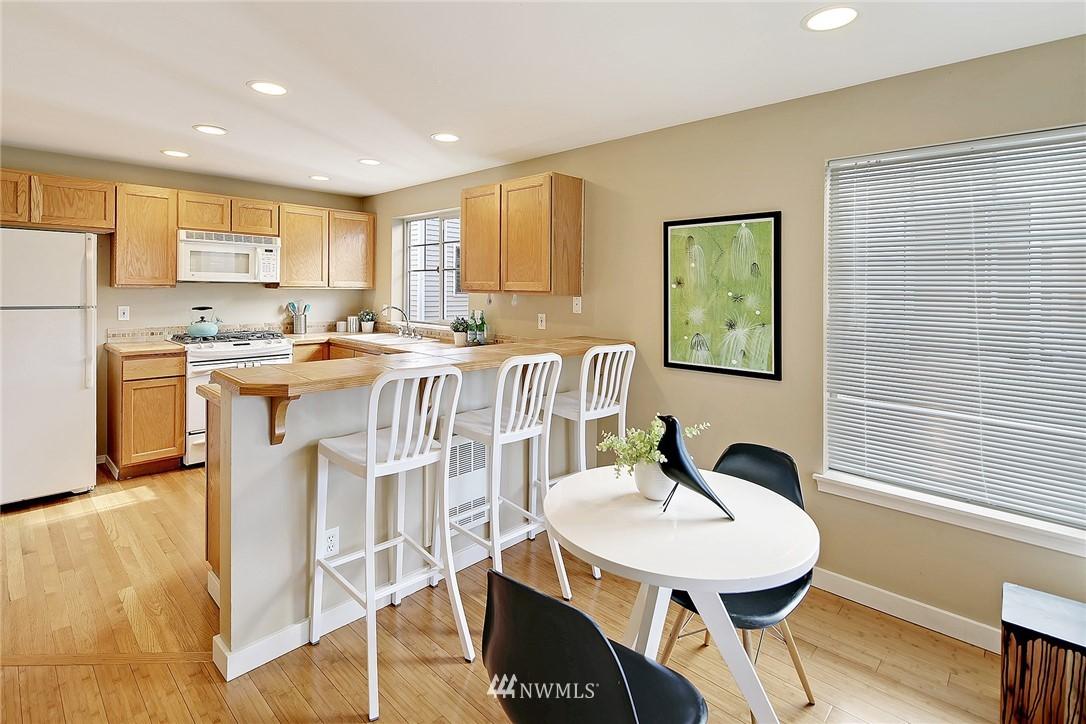 Sold Property   8518 Midvale Avenue N #B Seattle, WA 98103 7