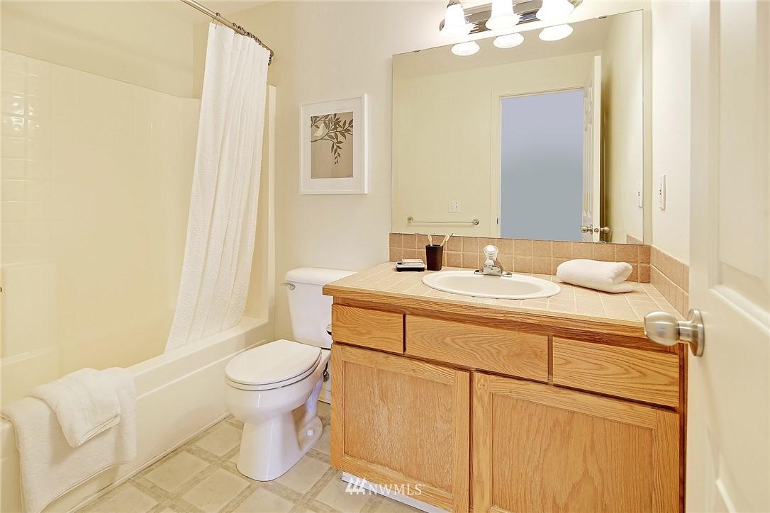 Sold Property   8518 Midvale Avenue N #B Seattle, WA 98103 9