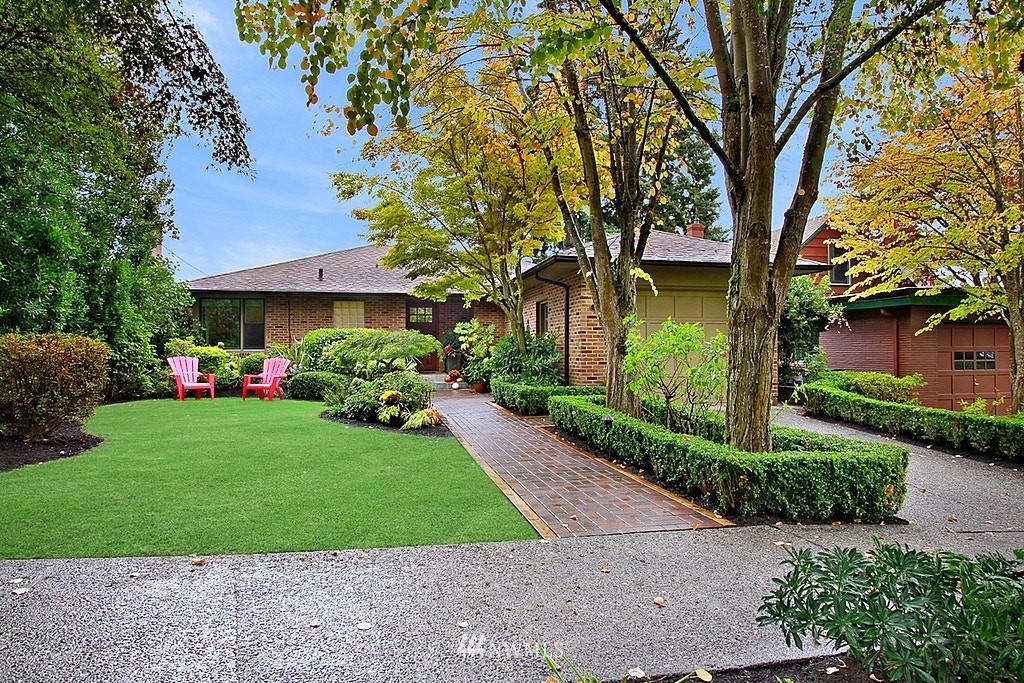 Sold Property | 6046 53rd Avenue NE Seattle, WA 98115 1