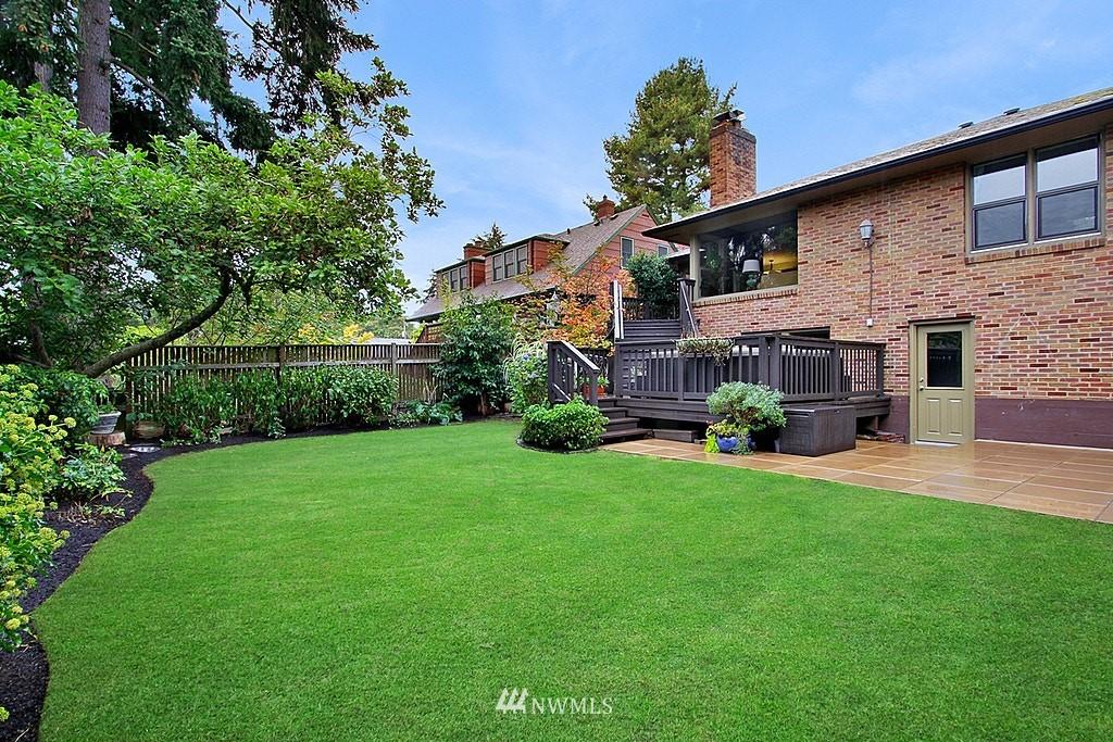 Sold Property | 6046 53rd Avenue NE Seattle, WA 98115 22