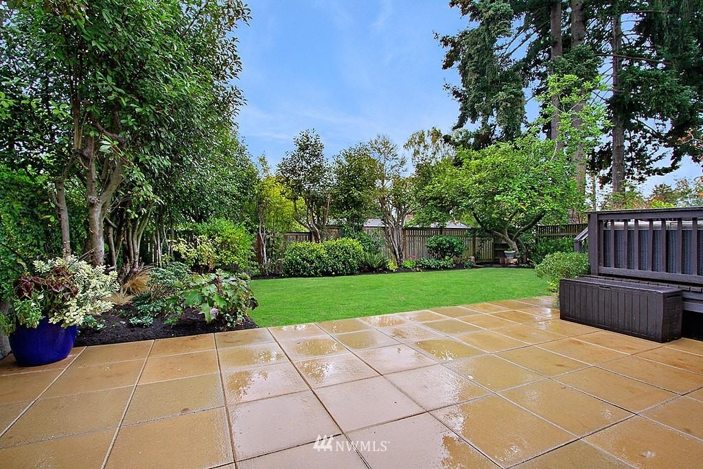 Sold Property | 6046 53rd Avenue NE Seattle, WA 98115 21
