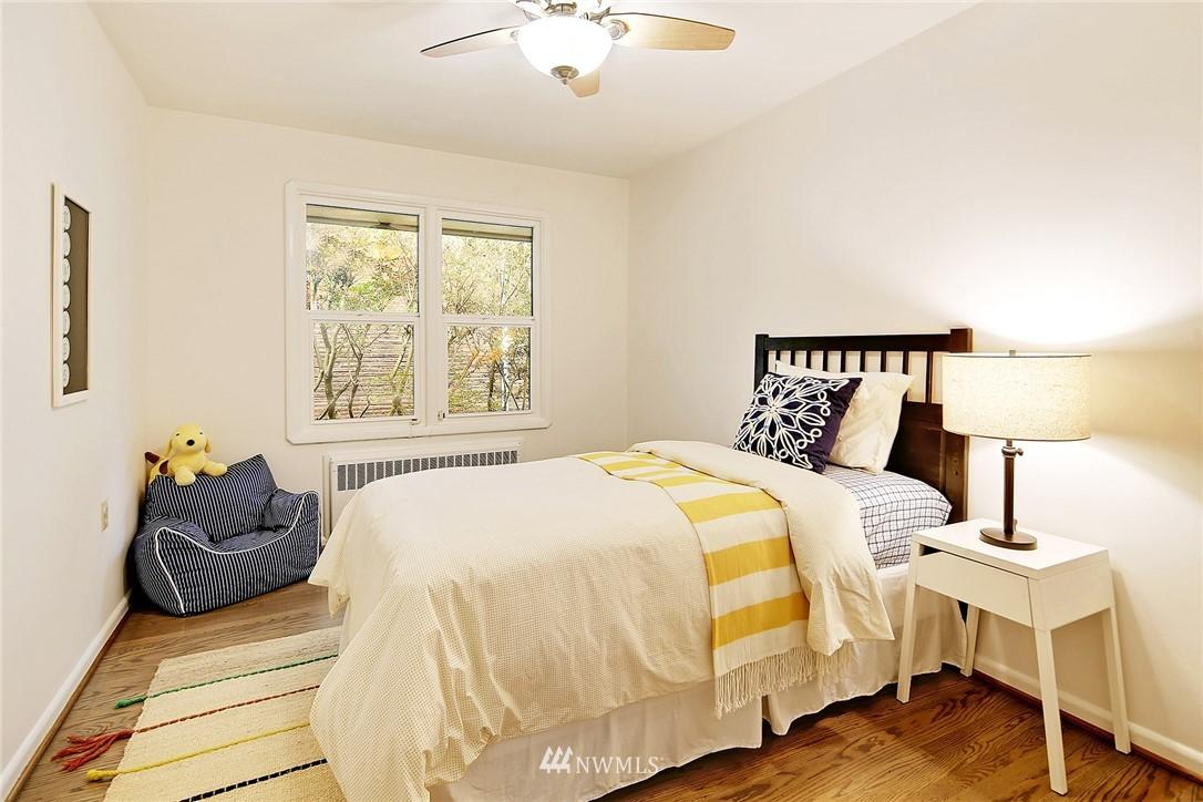 Sold Property | 6046 53rd Avenue NE Seattle, WA 98115 8