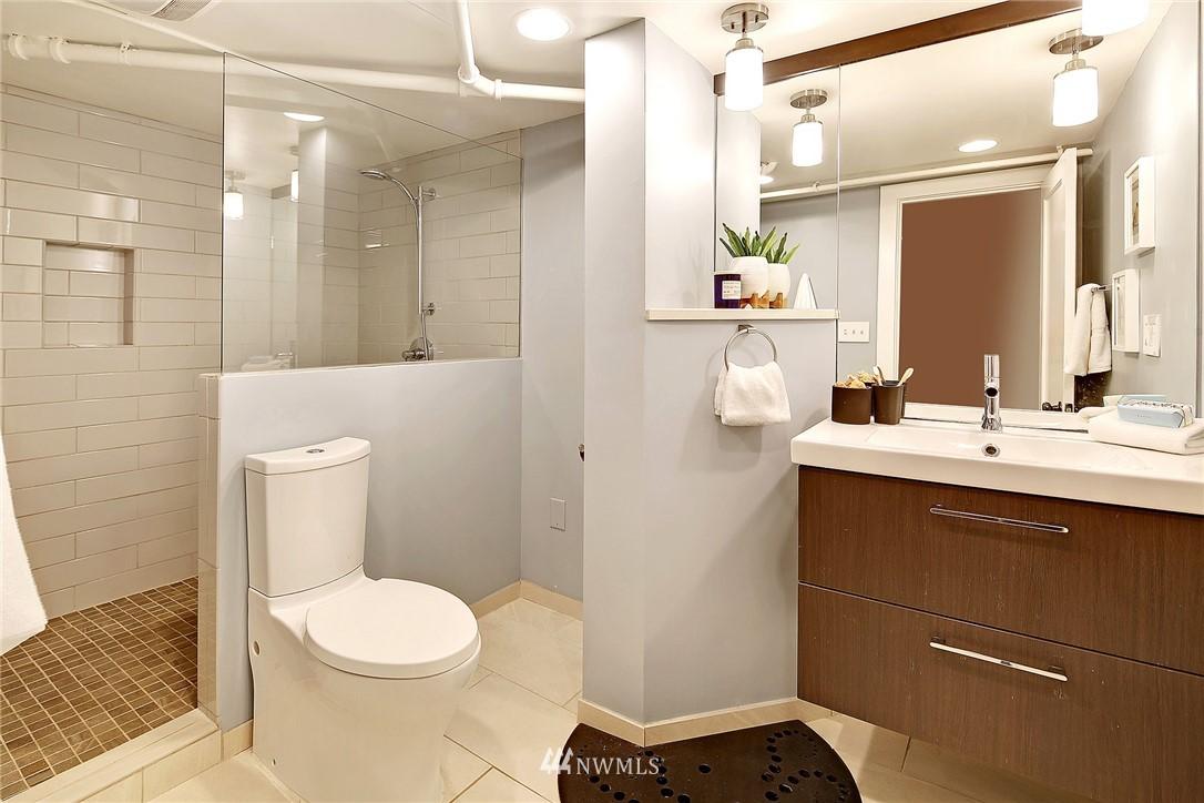 Sold Property | 6046 53rd Avenue NE Seattle, WA 98115 14