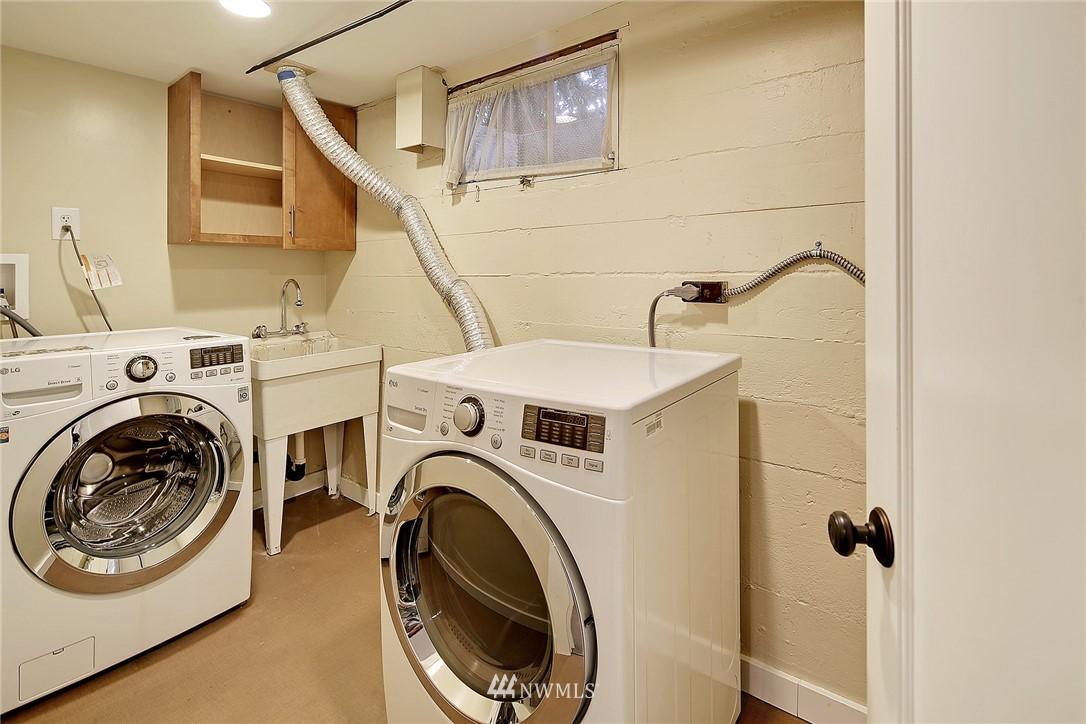Sold Property | 6046 53rd Avenue NE Seattle, WA 98115 13