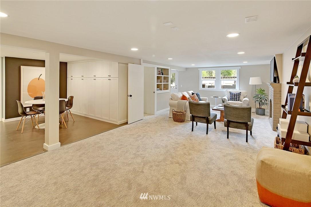 Sold Property | 6046 53rd Avenue NE Seattle, WA 98115 11
