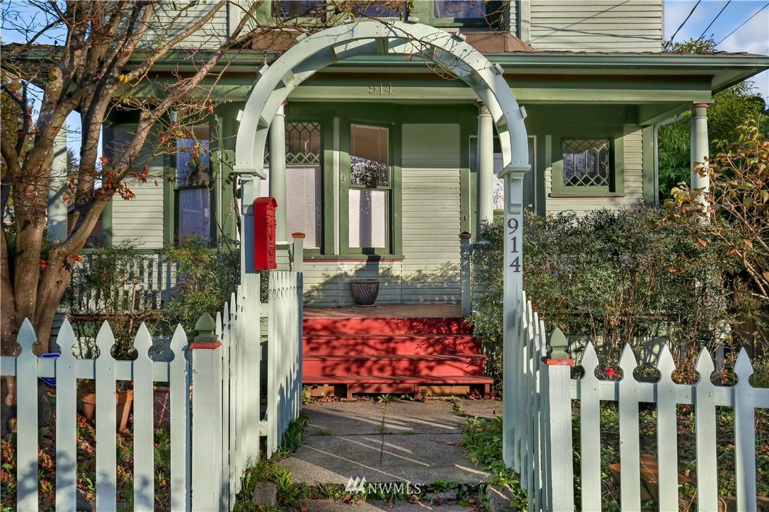 Sold Property   914 24th Avenue S Seattle, WA 98144 1