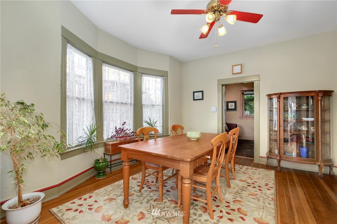 Sold Property   914 24th Avenue S Seattle, WA 98144 8