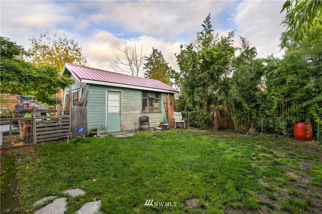 Sold Property   914 24th Avenue S Seattle, WA 98144 21