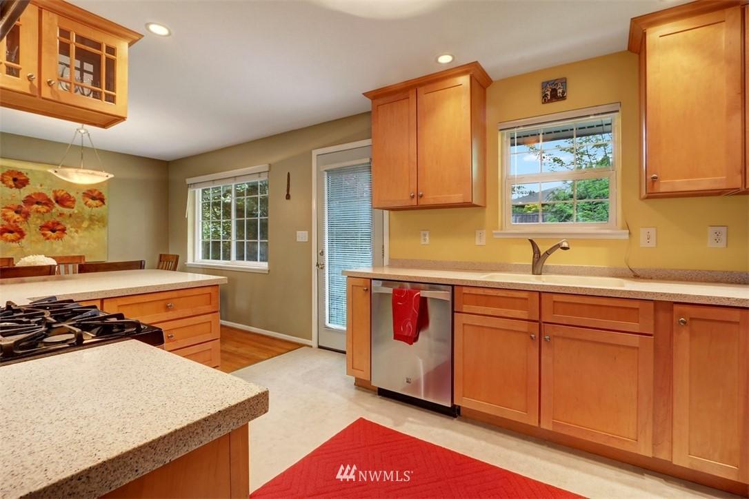 Sold Property   6826 43rd Avenue NE Seattle, WA 98115 5